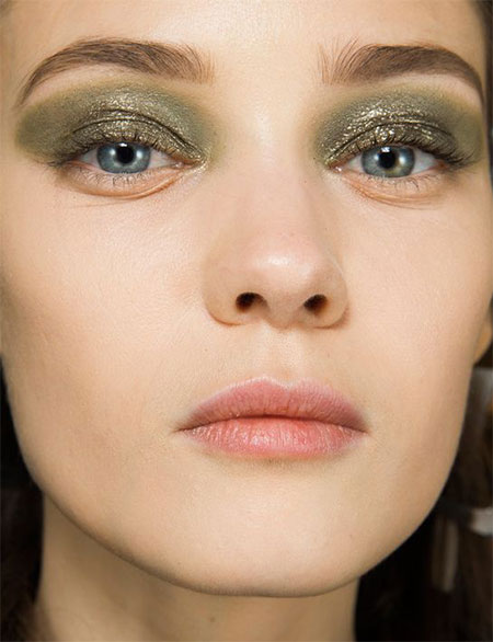 15-Inspiring-Winter-Eye-Make-Up-Looks-Ideas-Trends-For-Girls-Winter-2015-10