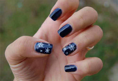 18-Snowflake-Nail-Art-Designs-Ideas-Trends-Stickers-2015-14