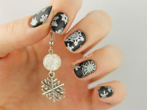 18-Snowflake-Nail-Art-Designs-Ideas-Trends-Stickers-2015-15