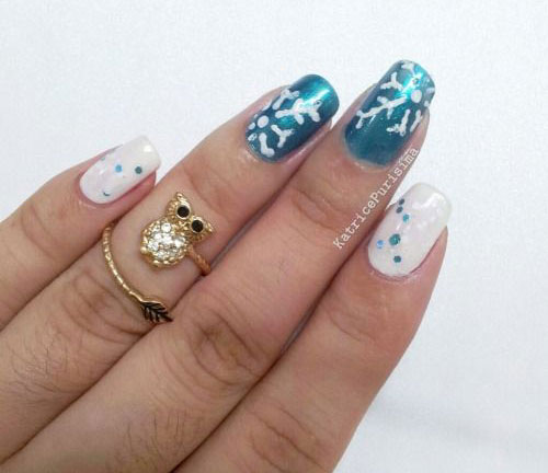 18-Snowflake-Nail-Art-Designs-Ideas-Trends-Stickers-2015-18