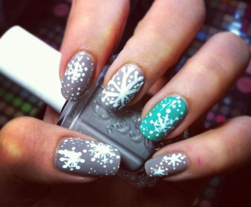 18-Snowflake-Nail-Art-Designs-Ideas-Trends-Stickers-2015-5