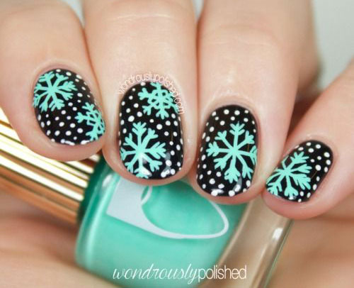 18-Snowflake-Nail-Art-Designs-Ideas-Trends-Stickers-2015-8
