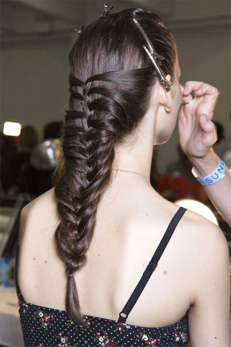 15-New-Latest-Spring-Hairstyles-Haircut-Looks-Ideas-2015-For-Girls-14