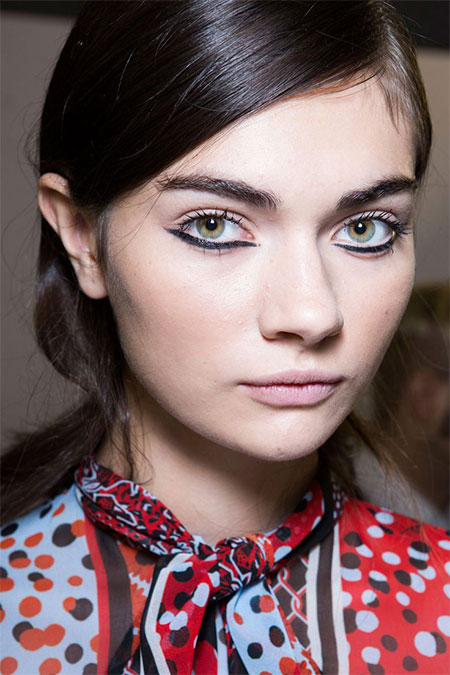 15-Natural-Summer-Face-Make-Up-Looks-Ideas-Trends-For-Girls-2015-15