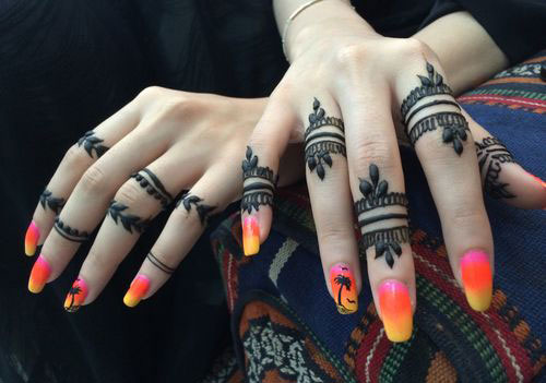 15-Simple-Mehndi-Designs-Ideas-For-Hands-2015-Hena-Tattoo-3