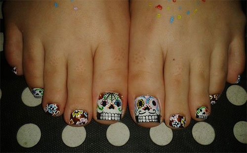 10-Inspiring-Halloween-Toe-Nail-Art-Designs-Ideas-2015-1