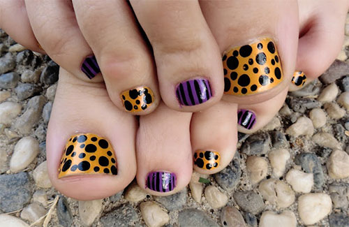 10-Inspiring-Halloween-Toe-Nail-Art-Designs-Ideas-2015-5