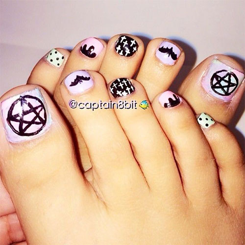 10-Inspiring-Halloween-Toe-Nail-Art-Designs-Ideas-2015-8