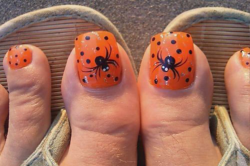 10-Inspiring-Halloween-Toe-Nail-Art-Designs-Ideas-2015-9