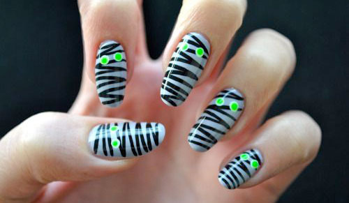 15-Halloween-Mummy-Nail-Art-Designs-Ideas-For-Girls-2015-14