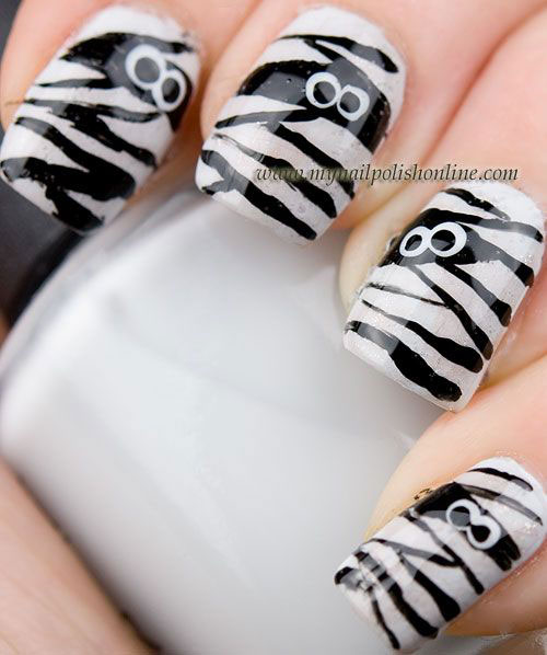 15-Halloween-Mummy-Nail-Art-Designs-Ideas-For-Girls-2015-3