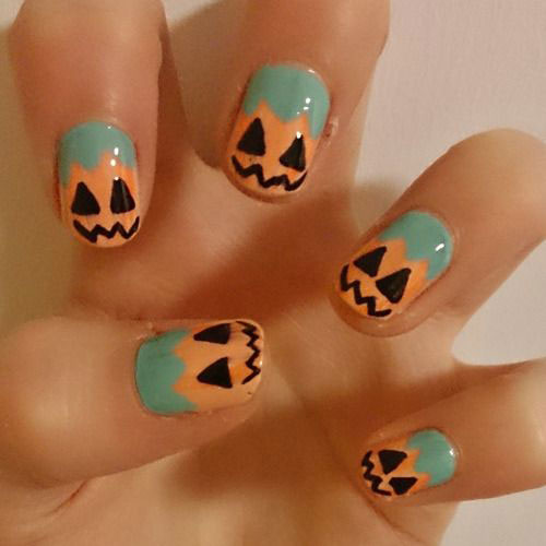 20-Best-Pumpkin-Nail-Art-Designs-Ideas-Stickers-For-Halloween-2015-4