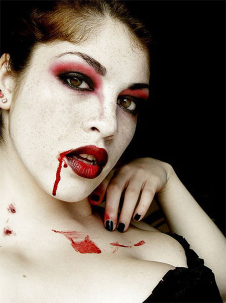 12-Vampire-Halloween-Face-Make-Up-looks-Ideas-2015-10