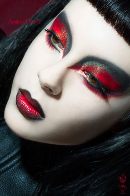12-Vampire-Halloween-Face-Make-Up-looks-Ideas-2015-13