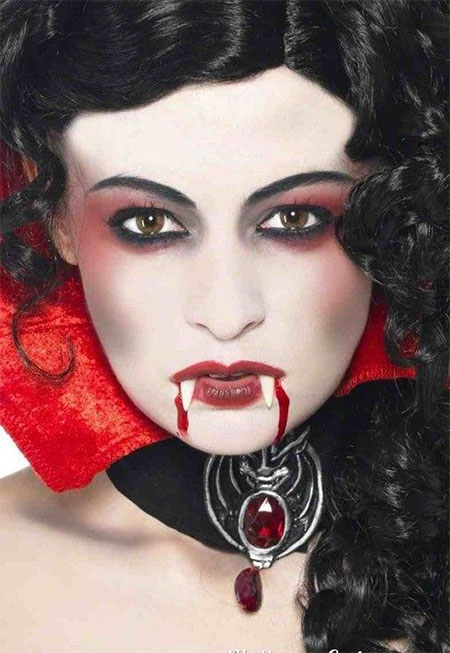 12-Vampire-Halloween-Face-Make-Up-looks-Ideas-2015-2