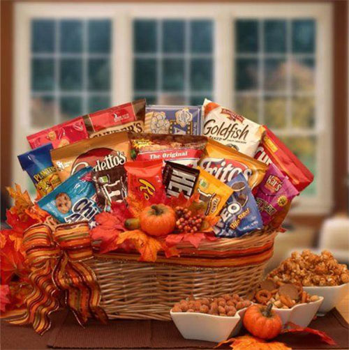 15-Best-Halloween-Gift-Baskets-Bags-Ideas-2015-Gifts-For-Halloween-1