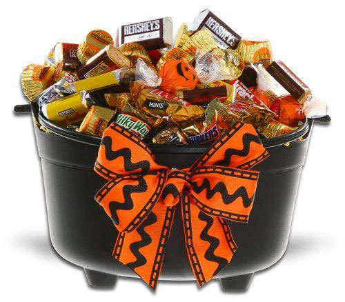 15-Best-Halloween-Gift-Baskets-Bags-Ideas-2015-Gifts-For-Halloween-3