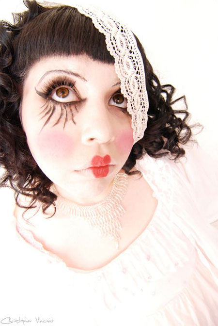 15-Halloween-Doll-Face-Makeup-Ideas-Trends-Styles-2015-8
