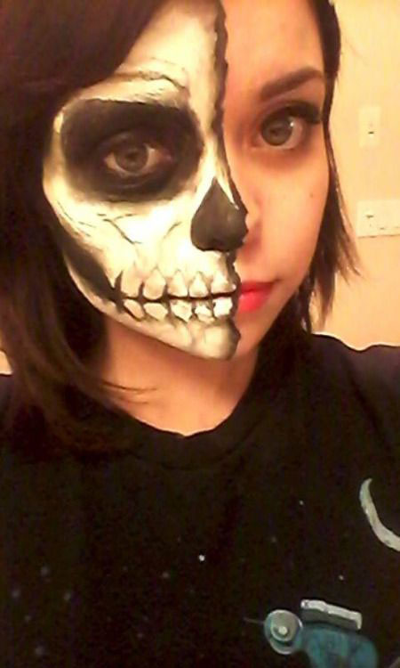 15-Halloween-Half-Face-Teeth-Mouth-Make-Up-Ideas-2015-6