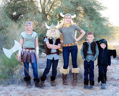 20-Best-Funny-Family-Themed-Halloween-Costume-Ideas-2015-2