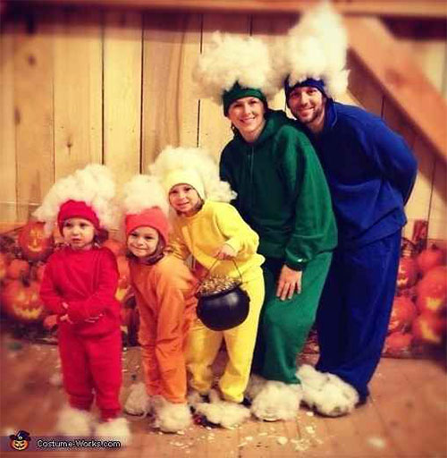 20-Best-Funny-Family-Themed-Halloween-Costume-Ideas-2015-7