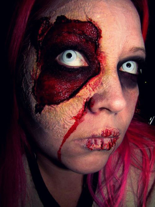 25-Scary-Halloween-Make-Up-Looks-Trends-Ideas-2015-16