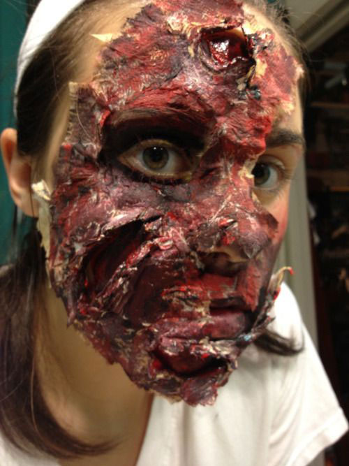 25-Scary-Halloween-Make-Up-Looks-Trends-Ideas-2015-17