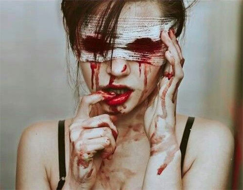 25-Scary-Halloween-Make-Up-Looks-Trends-Ideas-2015-2