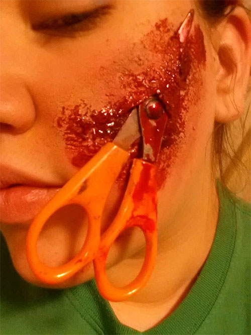 25-Scary-Halloween-Make-Up-Looks-Trends-Ideas-2015-23