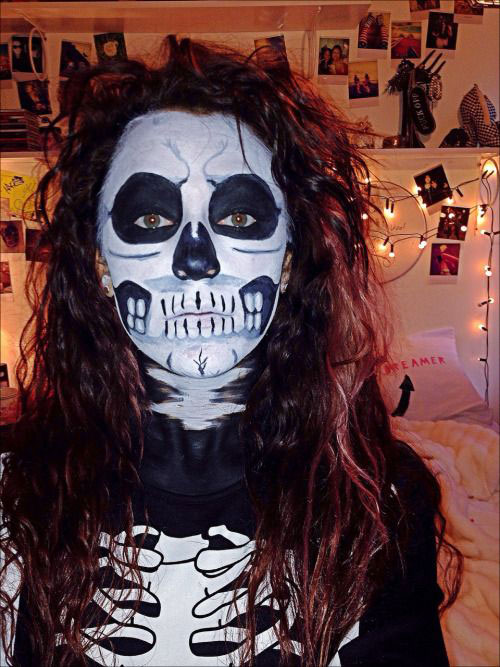 25-Scary-Halloween-Make-Up-Looks-Trends-Ideas-2015-5