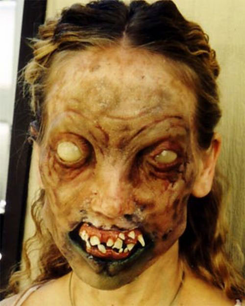 25-Scary-Halloween-Make-Up-Looks-Trends-Ideas-2015-7