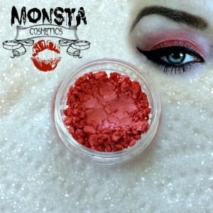 Lucky Makeup Ideas for the Chinese New Year 2016 - Red 1