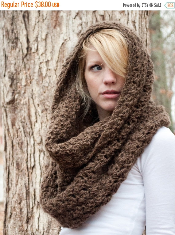 WINTER SALE Chunky Cowl Scarf Shawl Hood