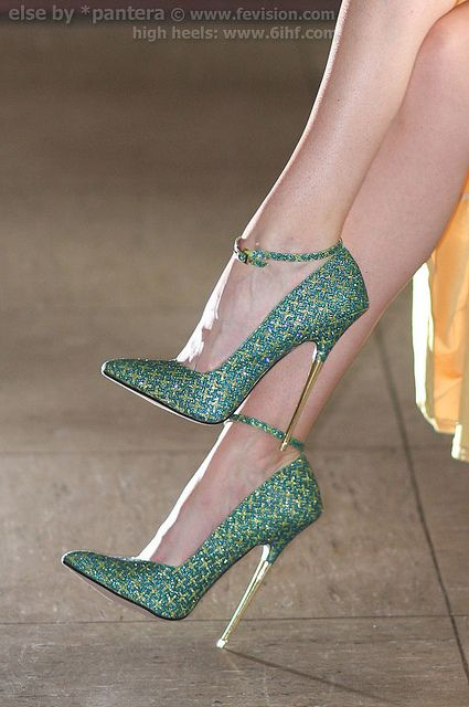 15 St. Patrick's Day High Heels 2016 8