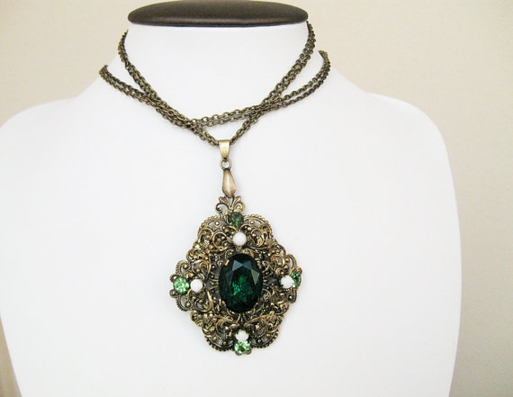 pendant on chain