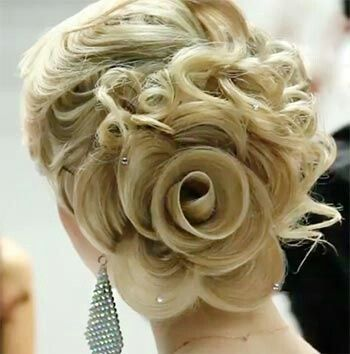 15+ Lovely Flower Hairstyles 2016 1
