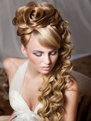 15+ Lovely Flower Hairstyles 2016 11