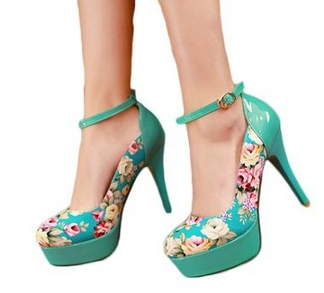Gorgeous Floral Heels for Spring 2016 10