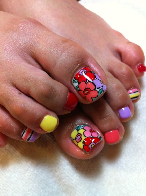 Toe Nail Art Ideas for Spring 2016 14