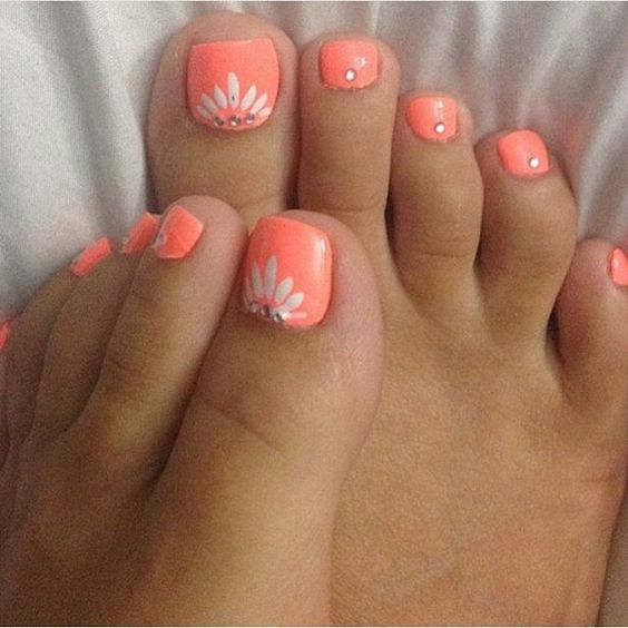 Toe Nail Art Ideas for Spring 2016 2