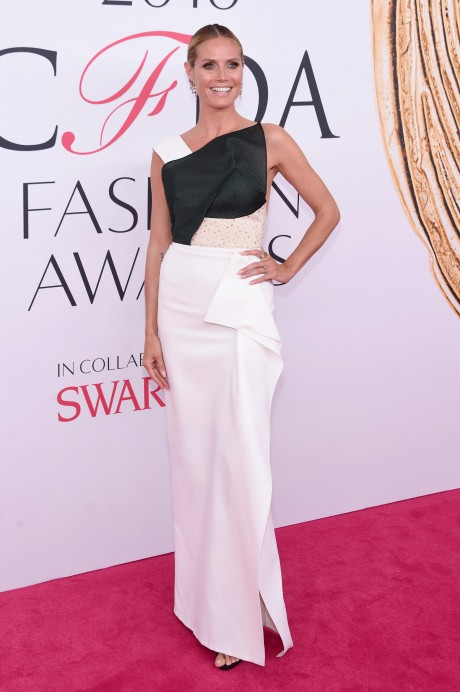 Red Carpet Dresses at the CFDA 2016 2