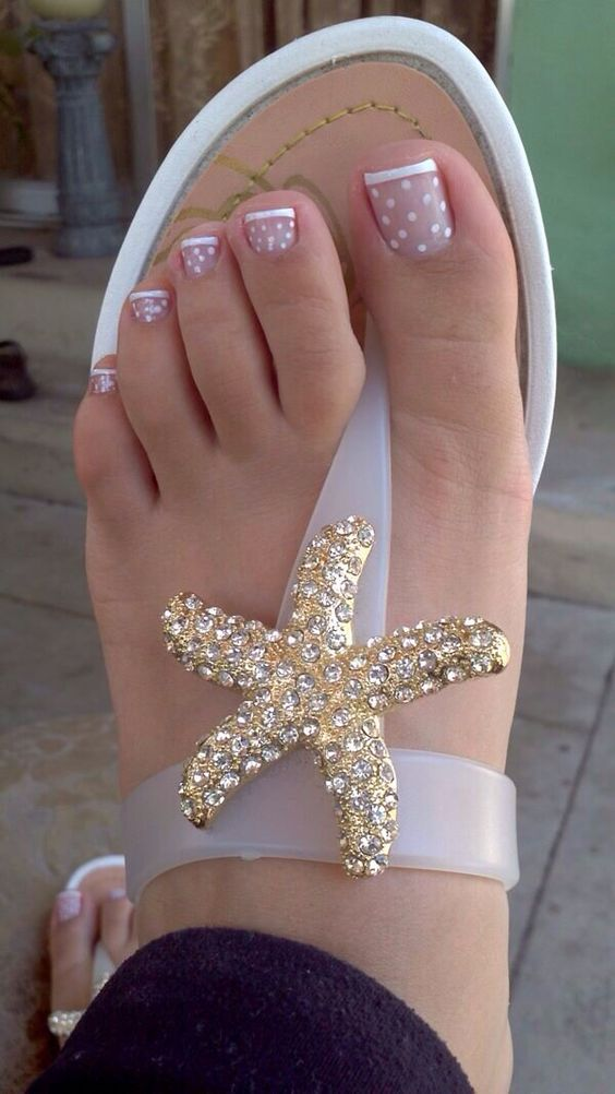 Amazing and Creative Toe Nail Art Ideas for Summer 2016 10