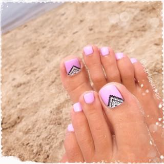 Amazing and Creative Toe Nail Art Ideas for Summer 2016 2