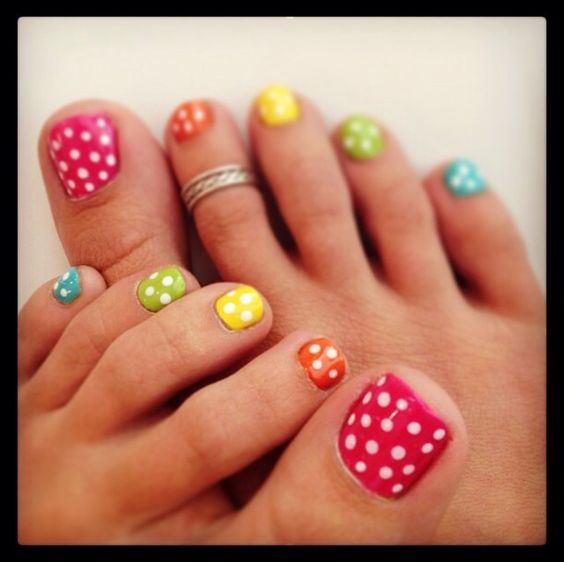 Amazing and Creative Toe Nail Art Ideas for Summer 2016 6