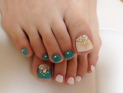 Amazing and Creative Toe Nail Art Ideas for Summer 2016 8