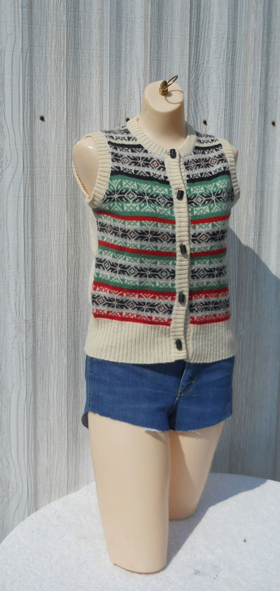 25 Best, Ugly & Tacky Christmas Sweaters & Vest Patterns 2012 For ...