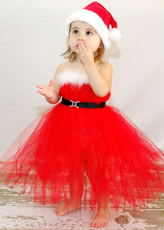 15 Awesome Christmas Costumes, Dresses & Outfits 2012 For ...