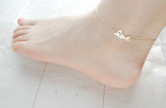 28 Best & Cool Happy Birthday Gift Ideas For Her, Girlfriends ... | title