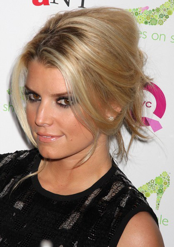 10 Pictures Of Jessica Simpson Medium Long Hairstyles Haircuts