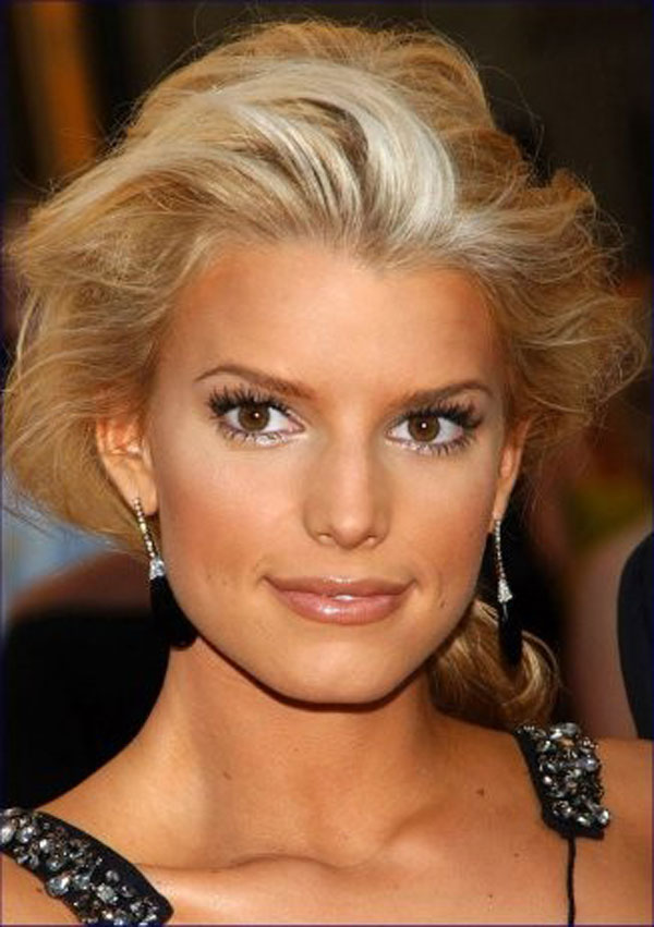 12 Pictures Of Jessica Simpson Short Hairstyles Amp Haircuts